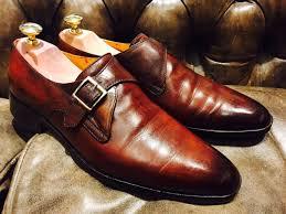 Chọn giày nam nâng chiều cao cho chàng chân to.