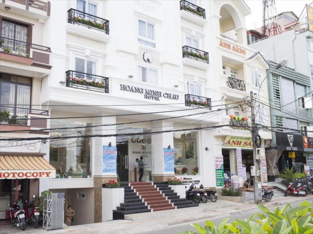 13. Tại sao không đặt khách sạn tại Minh Châu - Quan Lạn1